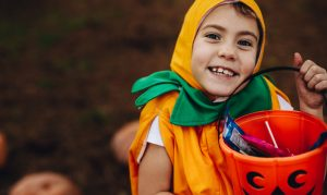 Read our great lighting tips to help Ohio trick or treaters see and be seen this Halloween!