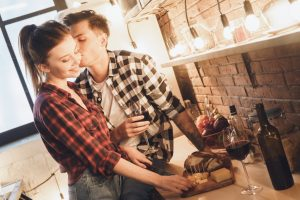 Get our Valentine's Day recommendations on the best romantic dinners to-go for all budgets in Columbus, OH.